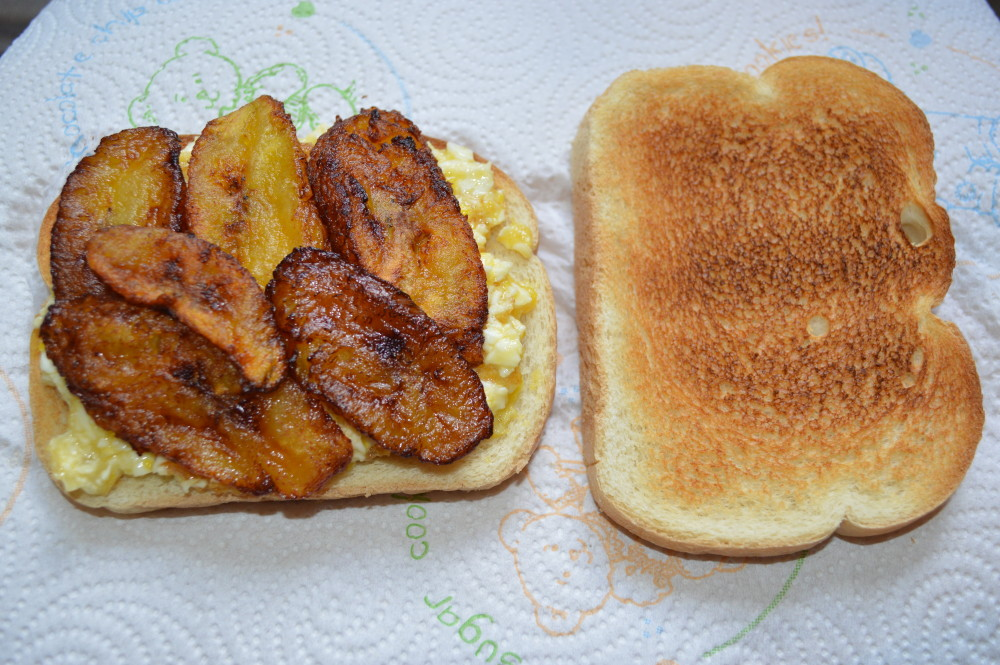 fried egg sweet plantain and bread